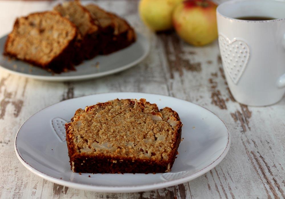 Plumcake di grano saraceno e mele