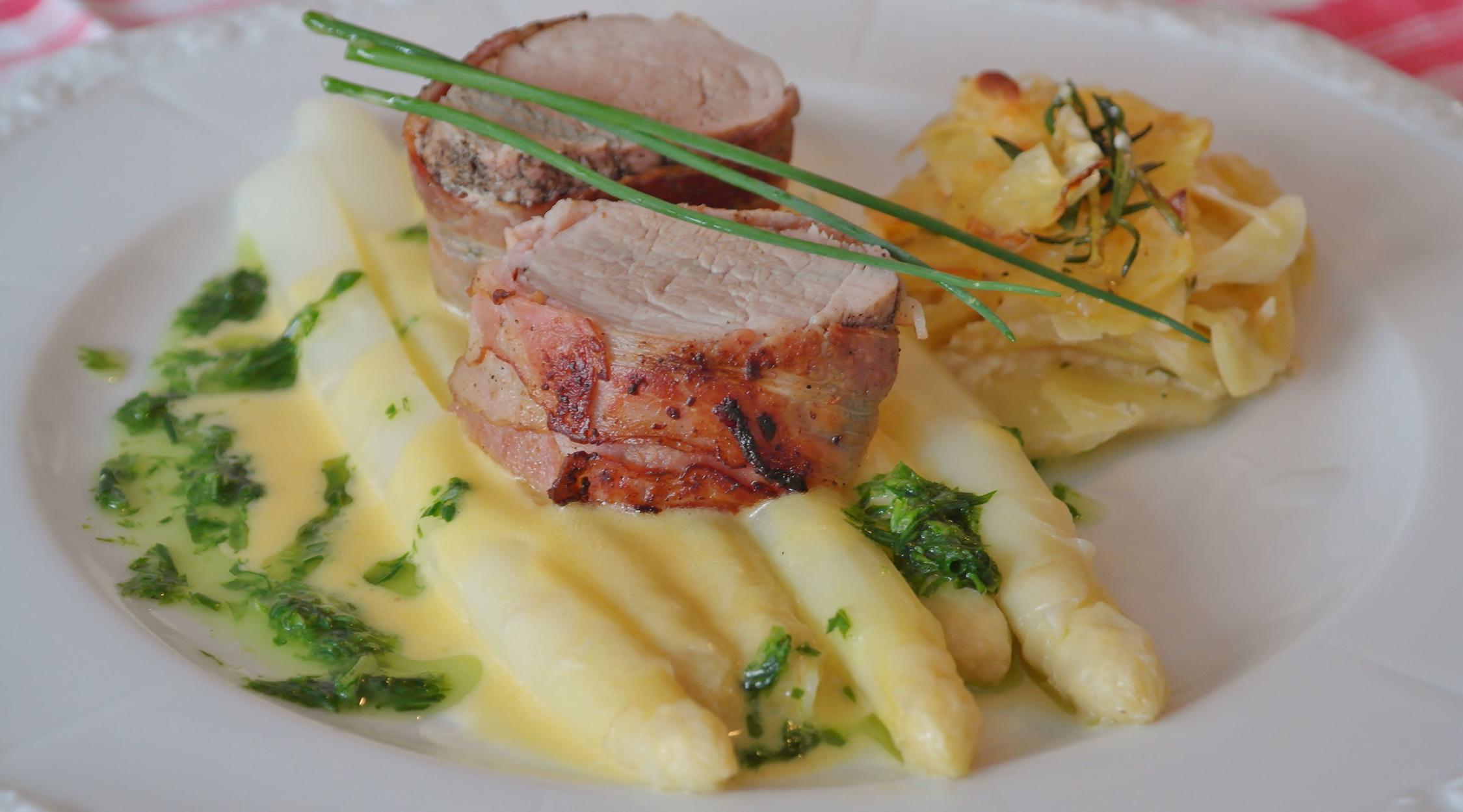 filetto di maiale agli asparagi 2250